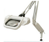 Illuminated magnifier without dimmer